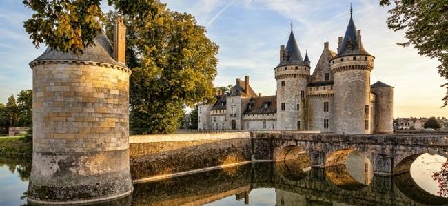 Франция - достопримечательности, столица государства, флаг, президент, фото, страна на карте мира