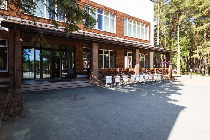 Загородные отели в Подмосковье «Все включено», 4-5 звезд, с бассейном, домиками для отдыха, свадьбы