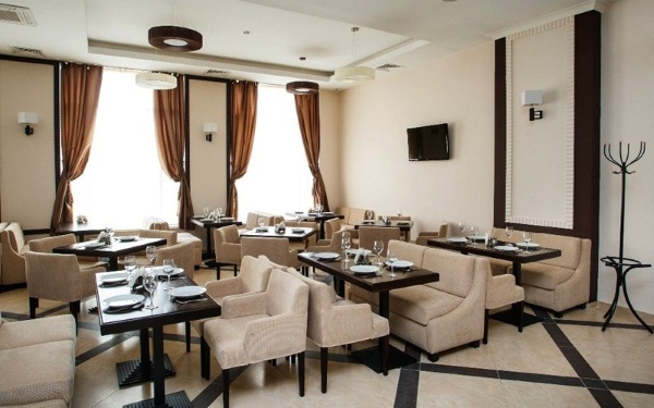 Отели в Казани в центре недорого с завтраком, на двоих, троих, семью, все включено