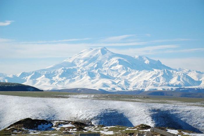 Самые большие вулканы в мире и России. Где находятся на Земле, как называются, когда просыпаются