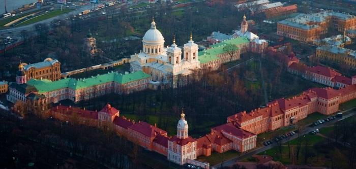 Соборы, храмы, церквы Санкт-Петербурга. Названия, адреса, часы работы