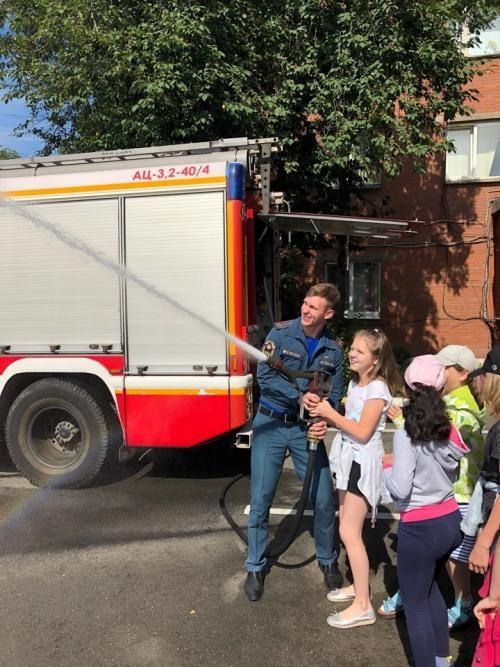 Экскурсия в пожарную часть для школьников, дошкольников в Москве, СПб. Цель, как организовать