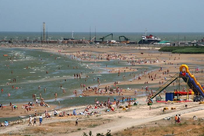 Ейск. Фотографии города и пляжей Азовского моря, достопримечательности, аквапарк. Отели, частный сектор