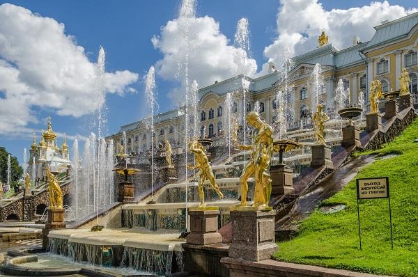 Окрестности Санкт-Петербурга. Достопримечательности, названия, экскурсии в интересные места для детей