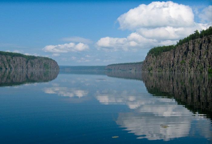 Река Ангара на карте России. Где находится исток, устье, фото, описание, длина, глубина, направление течения с городами