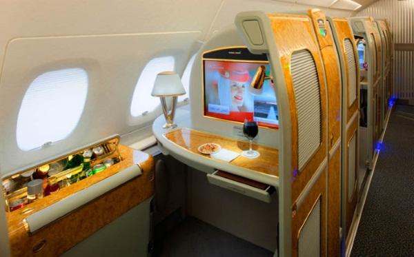 Бизнес класс в самолете Аэрофлот, Боинг, Эмирейтс, s7, Россия. Фото, цена, чем отличается от эконом и первого