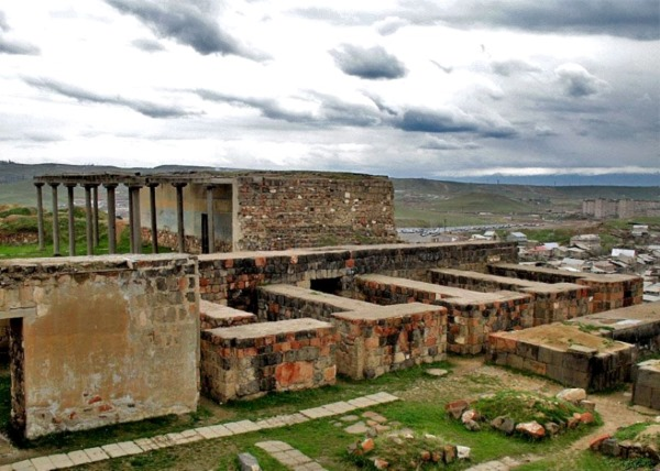 Что посмотреть в Ереване. Достопримечательности, отдых в окрестностях, интересные места