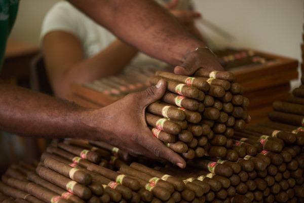 Что привезти из Доминиканы в подарок. Сувениры, косметика, ром, кофе, фрукты и сигары