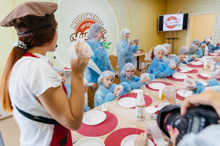 Экскурсии на Фабрику мороженого для детей в Москве и Санкт-Петербурге. Отзывы и как организовать