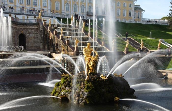Открытие фонтанов в Петергофе в 2019 году