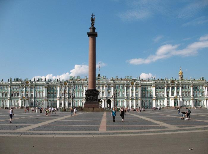 Где погулять в Санкт-Петербурге ночью, вечером, с девушкой, ребенком на праздники, выходные