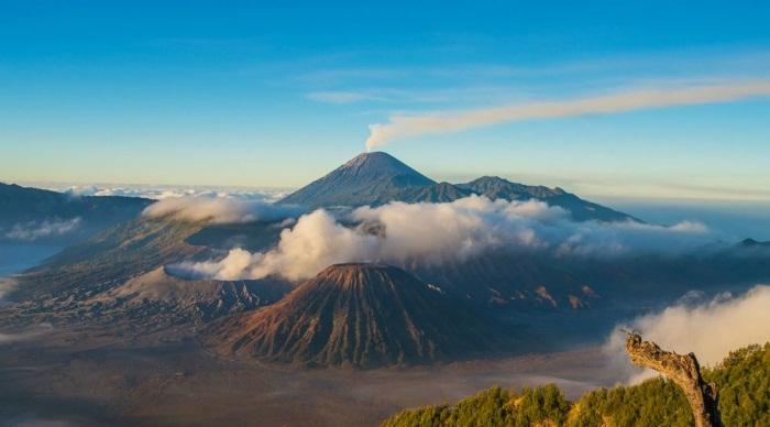 Индонезия. Где находится на карте мира. Отдых на островах, курорты и достопримечательности, экскурсии