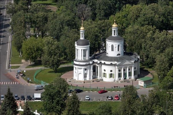 Куда поехать на выходные из Москвы на машине, электричке в Подмосковье. Туры выходного дня в Европу
