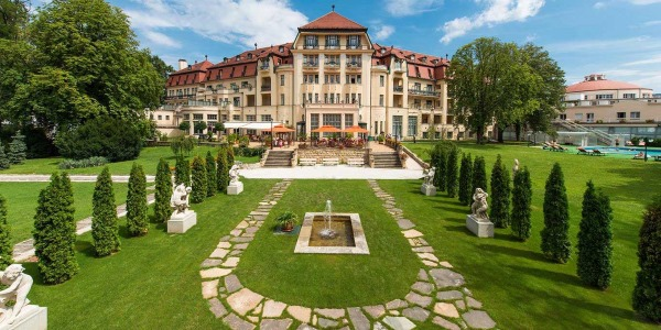 Курорт Пиештяны в Словакии. Отзывы, отели, санатории, термальные, минеральные лечебные источники