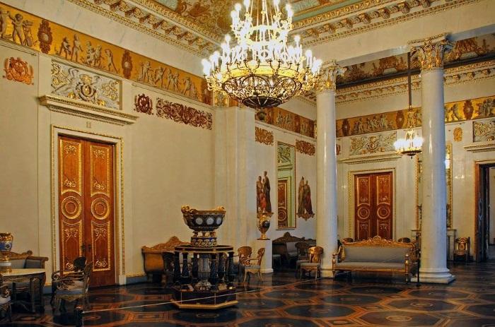 Михайловский дворец история