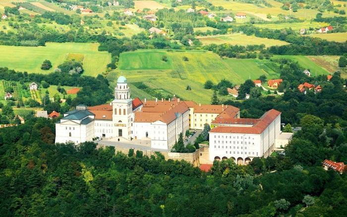 Объекты всемирного наследия в Венгрии. Названия, где находятся, когда занесены в охрану ЮНЕСКО