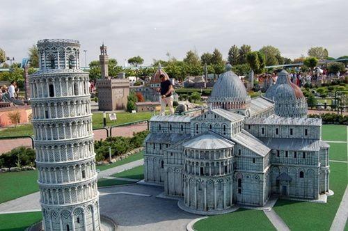Римини, Италия. Расположение на карте. Погода, достопримечательности и отели
