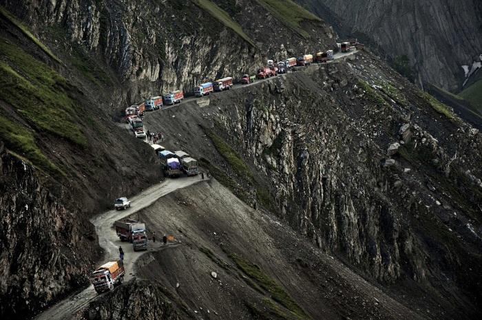 Самые опасные дороги в мире. Страшные и жуткие, аварийные. Куда лучше не ехать