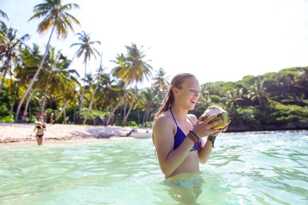 Сезон для отдыха в Доминикане. Погода по месяцам, дожди, ураганы. Когда лучше ехать. Отзывы туристов