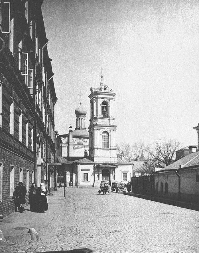 Церковь Вознесения в Москве на улице Неждановой. История создания, фото, описание, как добраться, режим работы