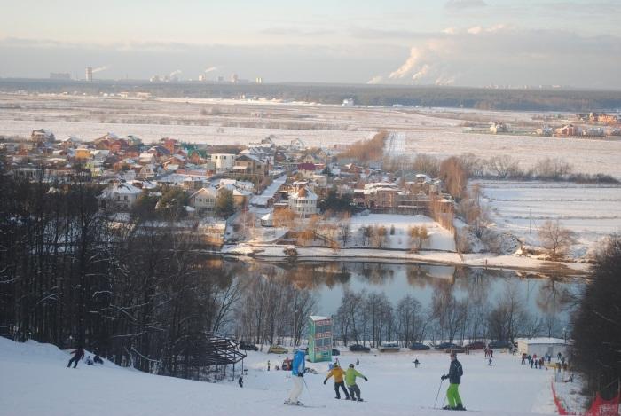 Боровской курган (Borovskoy kurgan) - горнолыжный курорт России. Каталог горнолыжных курортов: снег и погода, карты, склоны, цены, отзывы