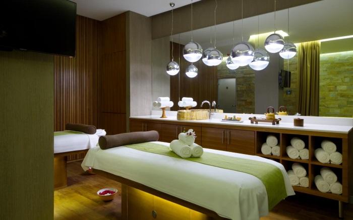Doubletree By Hilton Moscow Marina Hotel 4*. Отель, номера, цены