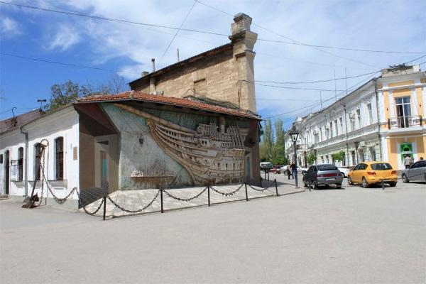 Феодосия. Достопримечательности, что посмотреть за 1 день, куда съездить в окрестностях, красивые места для фотосессий