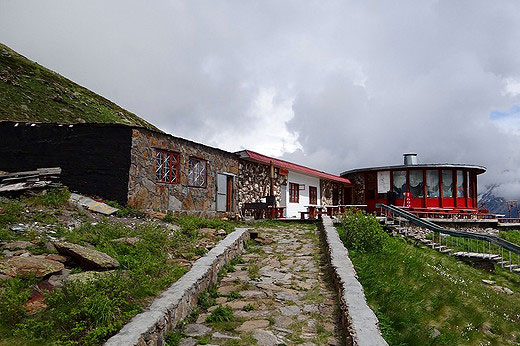 Горнолыжные курорты Приэльбрусья. Где находится, сезон для отдыха, цены