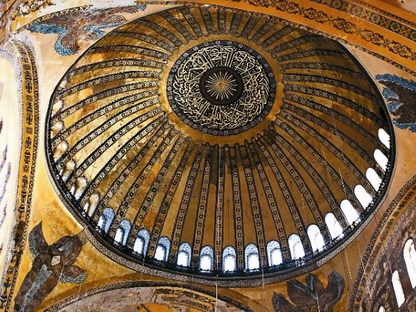Храм Святой Софии в Константинополе (Стамбуле). Описание, интересные факты, история
