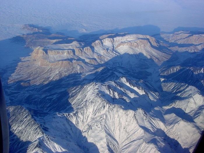 Где находятся кавказские горы на карте россии?