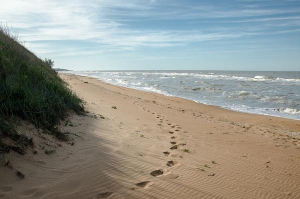 Кучугуры. Фото поселка и пляжа. Описание, цены отели, частный сектор