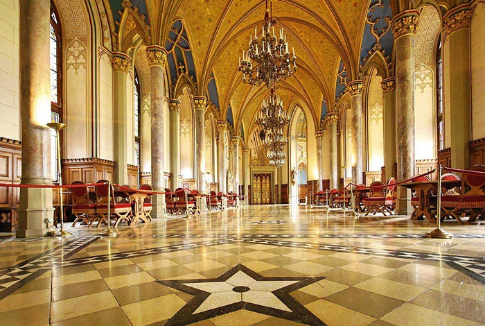 Замок Гогенцоллерн в Штутгарте, Германия. Адрес, фото, что посмотреть