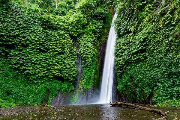 Бали. Где находится на карте мира, сколько лететь, достопримечательности, отдых, фото