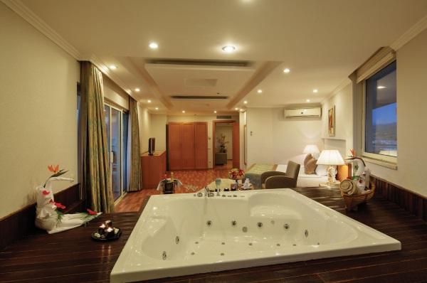 Crystal Admiral Resort Suite Spa 5*, Турция. Отзывы, фото отеля, цены