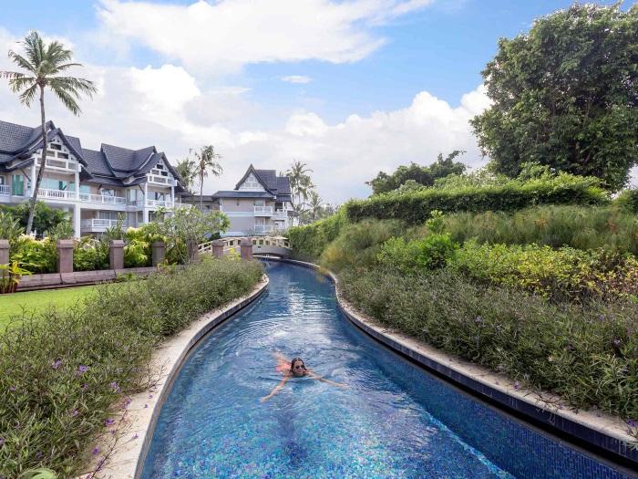 Лучшие отели Пхукета для отдыха с детьми с аквапарком, горками, на первой линии
