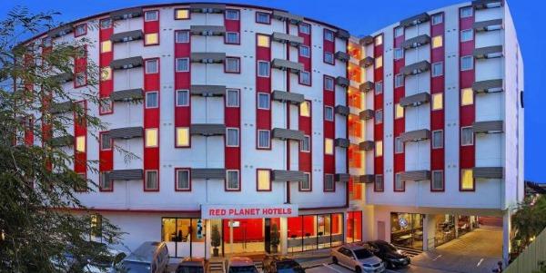 Отель Red Planet Pattaya ex Tune 3* Паттайя, Таиланд. Отзывы, фото, цены