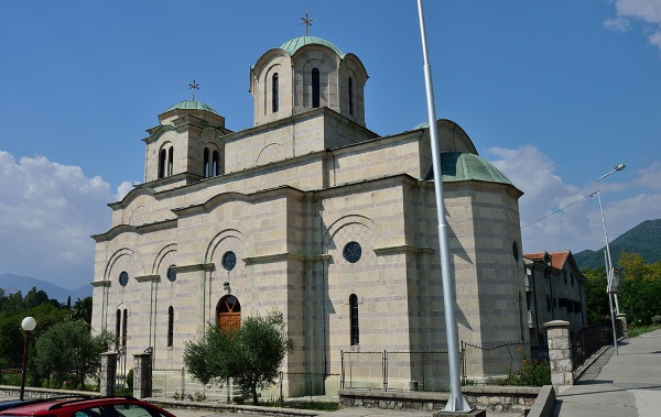 Тиват, Черногория. Достопримечательности, фото, где находится город, куда сходить