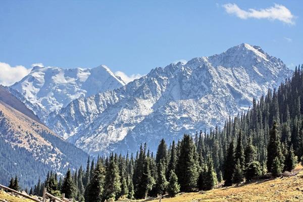 Бишкек. Достопримечательности и развлечения, горы, фото города, экскурсии, что посмотреть
