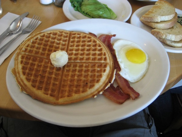 Американский завтрак в отеле. Что это такое, меню, что входит по странам мира