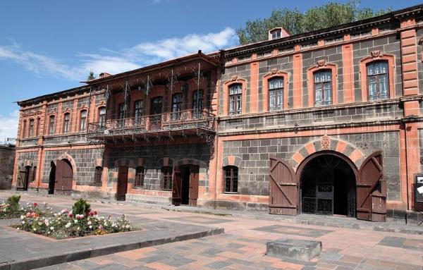 Гюмри, Армения. Достопримечательности на карте, фото, что посмотреть за один день