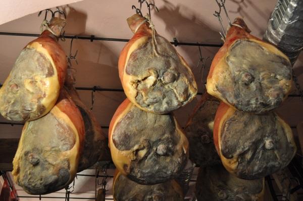 Испанский хамон. Что это, фото, виды мяса, как делают, хранят, рецепт приготовления