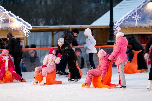Парк Лапландия на Крестовском острове. Оленья ферма и ледовый каток. Цена, фото, как добраться