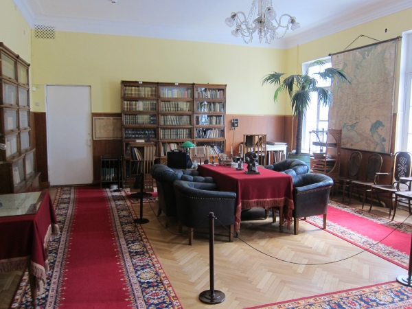 Музей-заповедник (усадьба) Ленинские горки. Фото, история, как добраться, экскурсии
