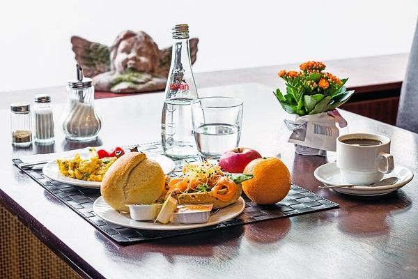 Что значит питание полупансион в отеле в разных странах мира: Дубай, Кипр, Россия