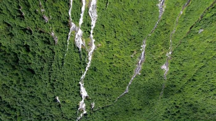 Самые большие водопады в мире. Где находятся, названия, фото, чем уникальны