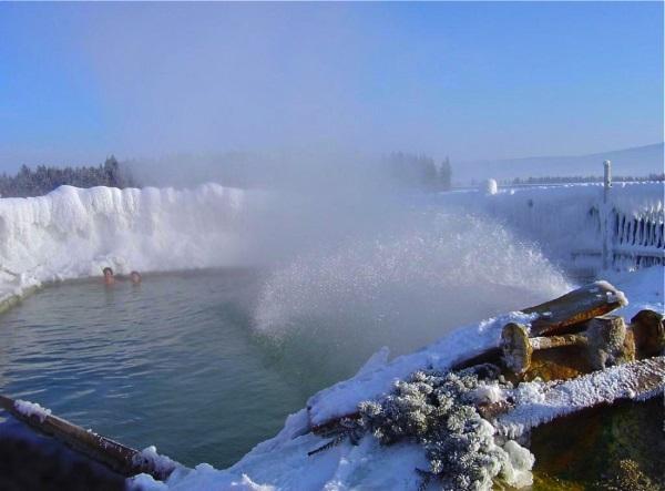 Лучшие термальные источники России для купания зимой и летом, природные, горячие, лечебные