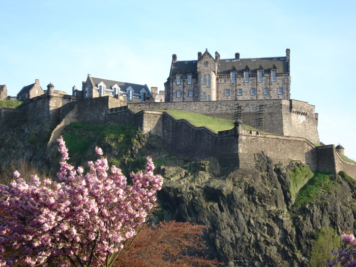 Замки Европы. Фото с названиями, средневековые дворцы, которые можно посетить