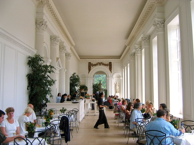 Кенсингтонский дворец. Фото внутри, кто живет, история, социальная деятельность, Инстаграм