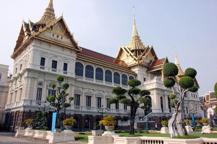 Королевский дворец в Бангкоке. Фото, адрес, как добраться, часы работы