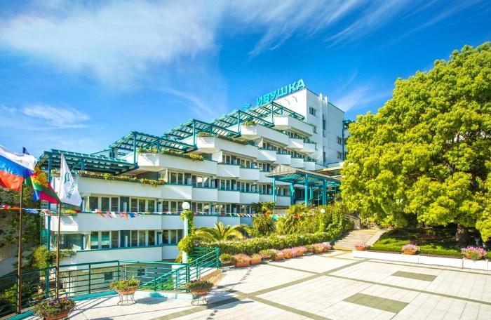 Лучшие отели в Сочи с бассейном, морской водой, Всё включено. Цены и отзывы